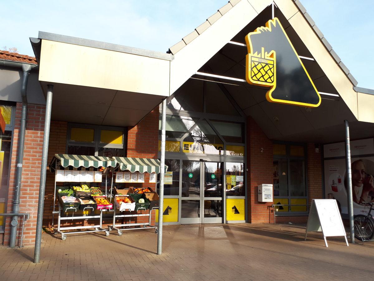 Der Schwarze Netto Mit Dem Hund Supermarkt Inside