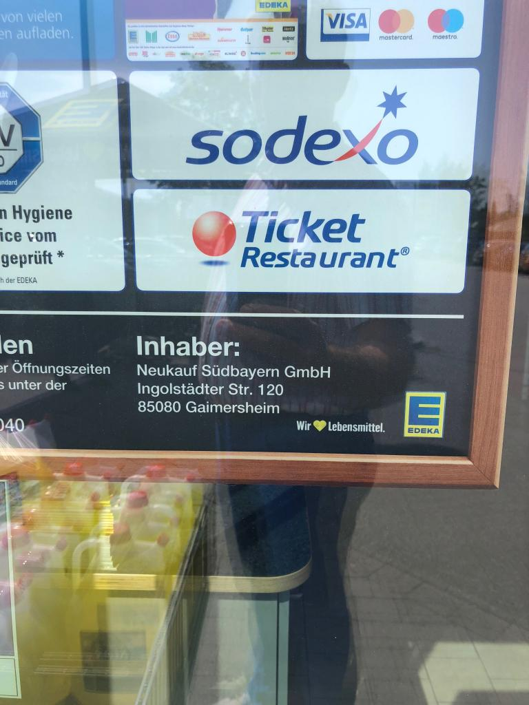 Starke EDEKA Regie-Märkte in Südbayern. - Supermarkt Inside